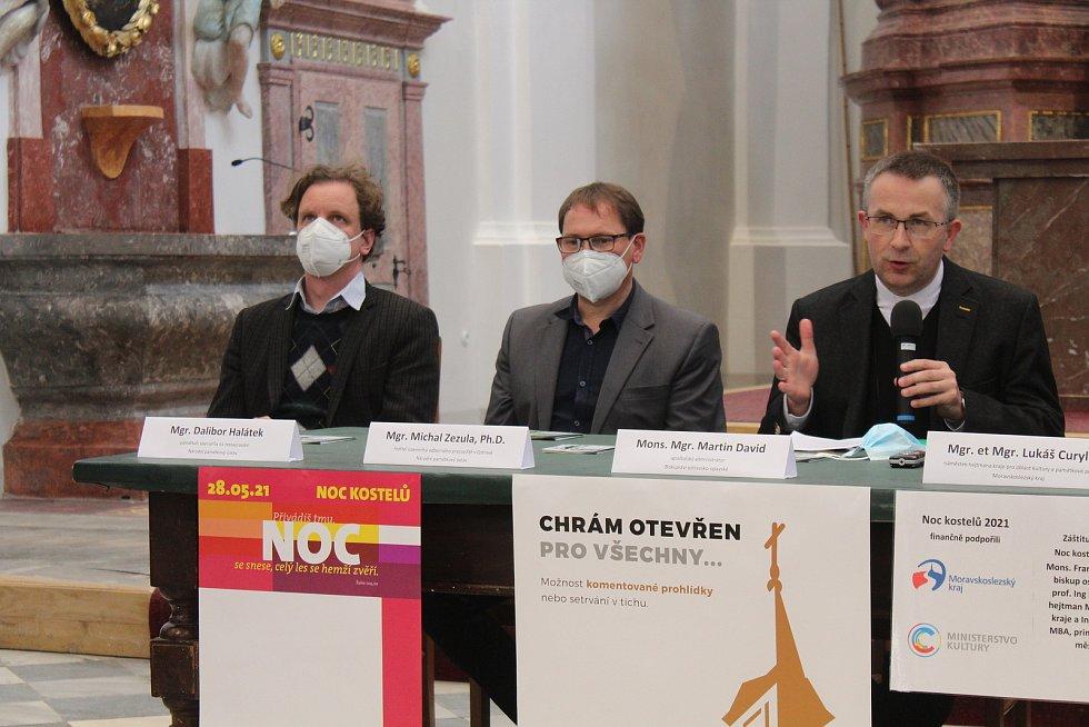 Tisková konference v opavské konkatedrále.