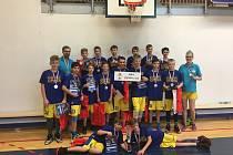 Basketbalisté BK Opava U 13 brali na mistrovství republiky v Praze stříbro.
