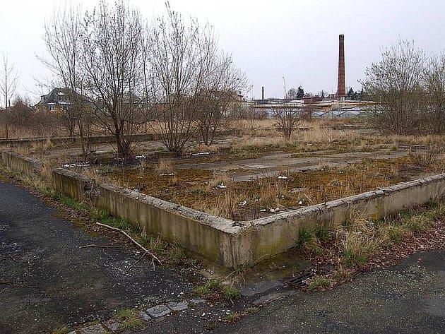 Jeden z areálů bývalé Květeny se nachází mezi ulicemi Otáhalova a U Opavice.