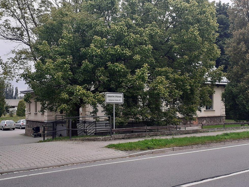 Zdravotní středisko v Háji ve Slezsku.