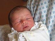 Jasmína Horáková se narodila 15. února, vážila 2,64 kilogramů a měřila 46 centimetrů. Rodiče Veronika a Daniel z Jakubčovic své prvorozené dceři přejí, aby byla v životě zdravá a šťastná.