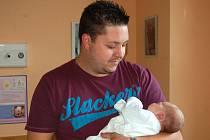 Matouš Holubář se narodil 11. června, vážil 3,695 kg a měřil 50 cm. Rodiče Dominika a Martin z Rohova popřáli svému prvorozenému dítěti do života hlavně zdravíčko.