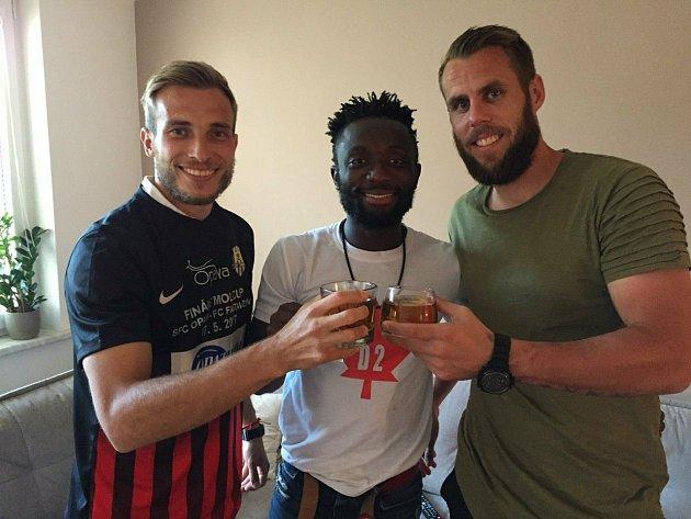 Opory Slezského FC Kuzma, Vojta Šrom a Joel.