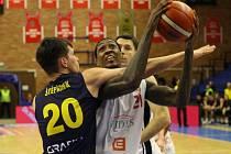 Basketbalisté Nymburka postoupili přes Opavu do Final 4 Českého poháru.     Foto: Tomáš Laš