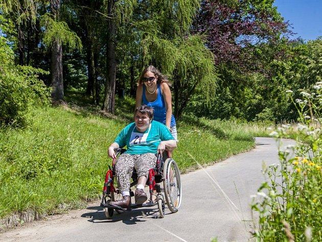 S myšlenkou uspořádat akci s názvem Maraton na kolečkách pro centra sociálních služeb v České republice přišel ředitel toho hrabyňského Vladimír Plaček.