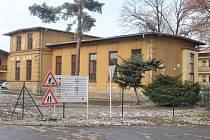Nemocnice využije pro mateřskou školu už nepoužívaný pavilon R, ve kterém původně sídlila diabetologická ordinace s laboratoří.