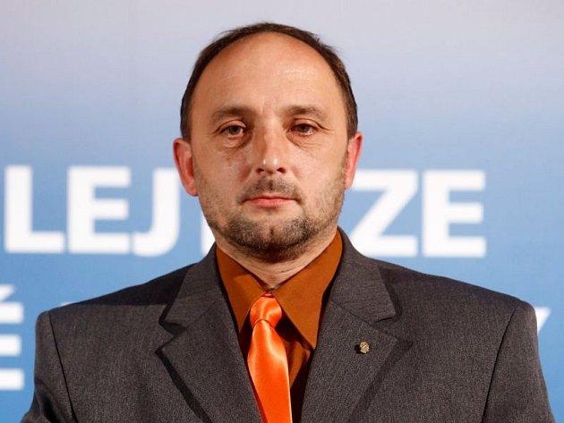 Sladký med přinesl Pavlu Košcovi sladkou odměnu.