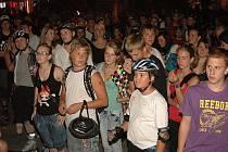 624. Tolik bruslařů a bruslařek přišlo v sobotu večer na letošní první noční in-line vyjížďku Opavou Blade Nights Opava 2011.
