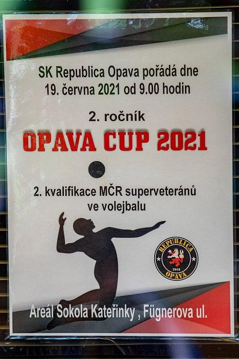 2.ročník OPAVA CUP 2021 a 2.kvalifikace MČR superveteránů ve volejbalu v areálu Sokola Kateřinky.Konečné pořadí - 1. Sešlost Brno,2. Pivovar Svijany,3.Litomyšl,4. Republika Opava,5. Pražský výběr,6. Zvičina,7. Hanáci,8. Frenštát pod Radhoštěm.