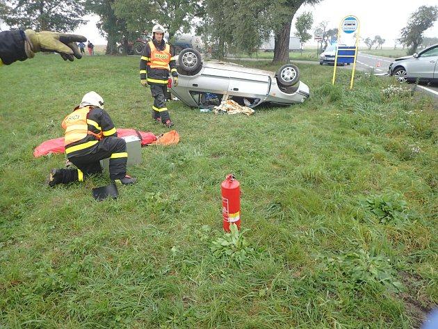 Vážná nehoda u Bolatic. Zraněni byli tři lidé.