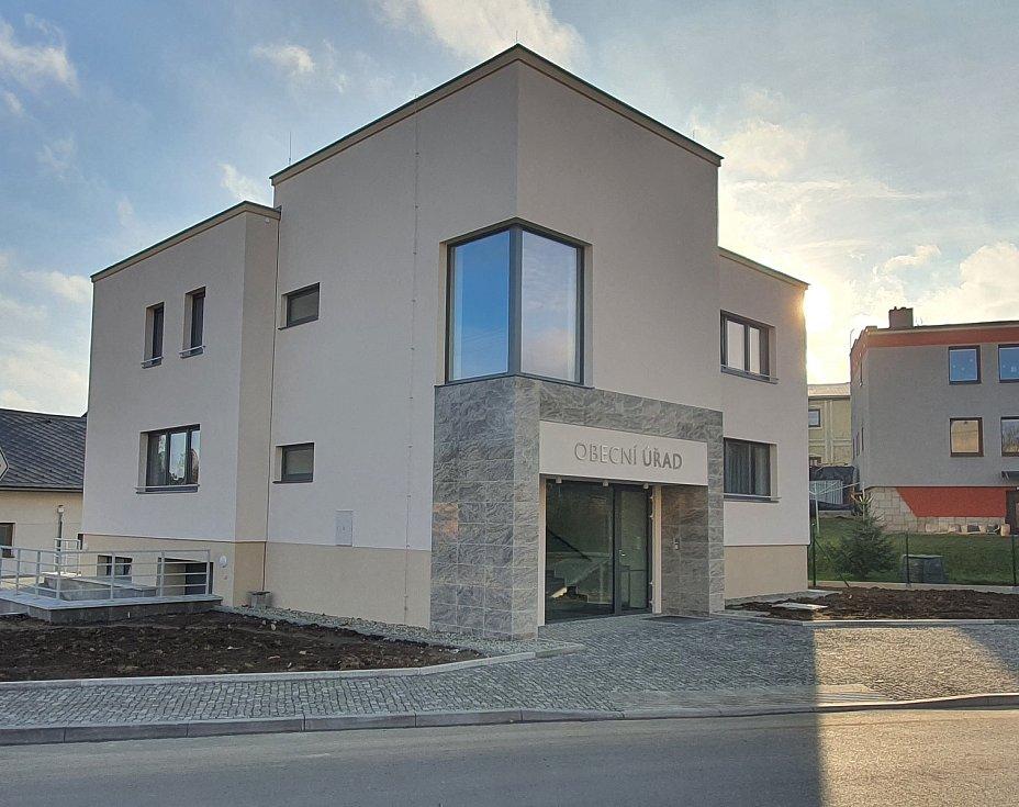 Obec Slavkov - nový obecní úřad.