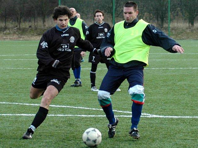 Jaroslav Laub (na snímku vpravo) hájil v loňském ročníku turnaje barvy Suchých Lazců.