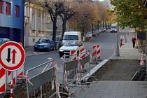 Rekonstrukce zastávky městské hromadné dopravy na Mařádkově ulici.