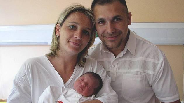 Michael Novák se narodil 25. června, vážil 3,23 kg a měřil 50 cm.