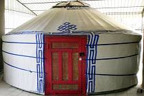 Podobnou jurtu budete moct navštívit v únoru v Opavě.