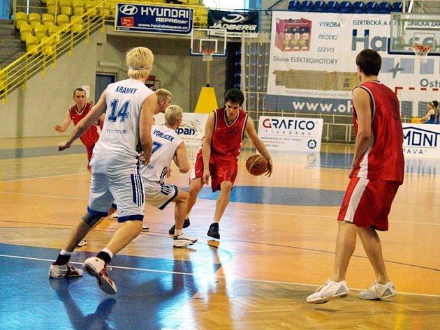 Již v sobotu mají v plánu basketbalisté hrát o finále.