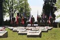 Pietní akt na opavském Městském hřbitově.