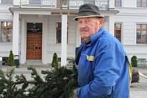 Hlučínský patriot Josef Hlubek byl hlavním iniciátorem zhotovení věnce.
