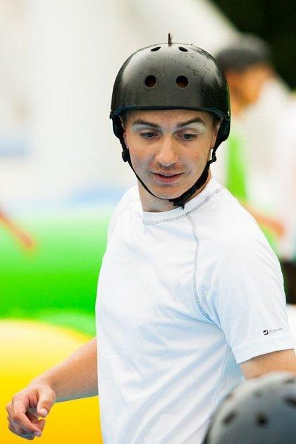 Zápasů ve vodním fotbalu se zúčastnil také útočník Dolního Benešova Filip Labuda.