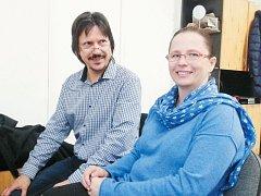 Autorka románu Zahrada Jana Richterová s manželem.
