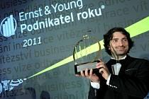 Jannis Samaras při předávání ceny Podnikatel roku 2011 České republiky.