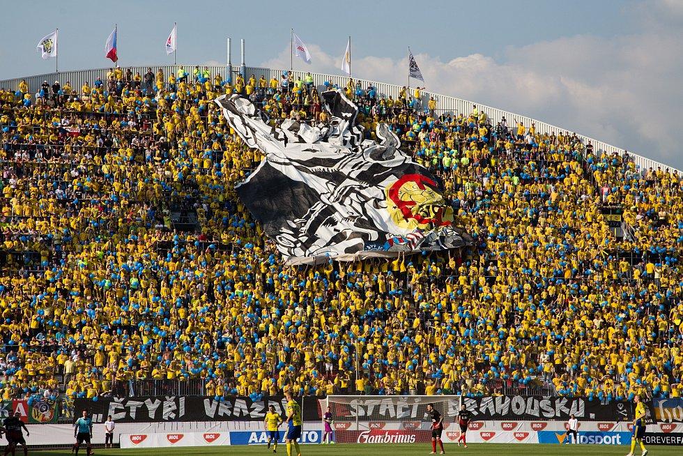 Finále MOL Cupu mezi SFC Opava a FC Fastav Zlín hrané na Andrově stadionu v Olomouci 17. května 2017. Fanoušci SFC Opava.