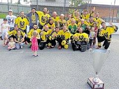 Sanitrans, šestinásobný vítěz ostravské hokejbalové ligy.