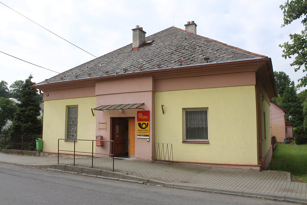 Pošta v Melči.