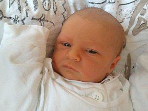 Valerie Fussková se narodila 5. listopadu, vážila 3,42 kilogramu a měřila 48 centimetrů. Rodiče Marcela a Tomáš přejí své malé princezně hlavně zdraví, štěstí, malé radosti, velké radovánky a hodně sil objevovat svět.