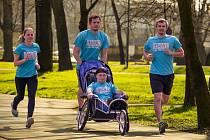 Handicapované děti budou závodit společně se zdravými běžci. Více informací o závodu a projektu Joy Run naleznete na www.joyrun.cz.