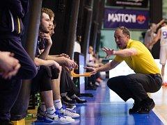 Petr Czudek (ve žlutém)