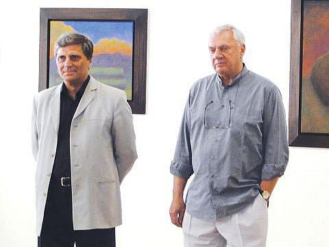 Miloslav Moucha (vpravo) a Petr Pavliňák, majitel Výtvarného centra Chagall v Ostravě.