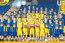 Basketbalový potěr se taky přípravuje.