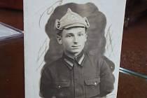 Gardový poručík Vasilij Alexejevič Staško zahynul při osvobozování Klimkovic. Jeho tělo je pohřbeno na hlučínském vojenském hřbitově.