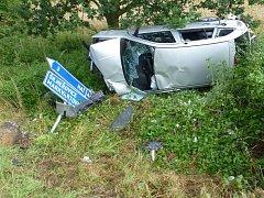Při dopravní nehodě, která se stala v neděli odpoledne poblíž areálu československého opevnění v Darkovičkách, byly zraněny čtyři osoby.
