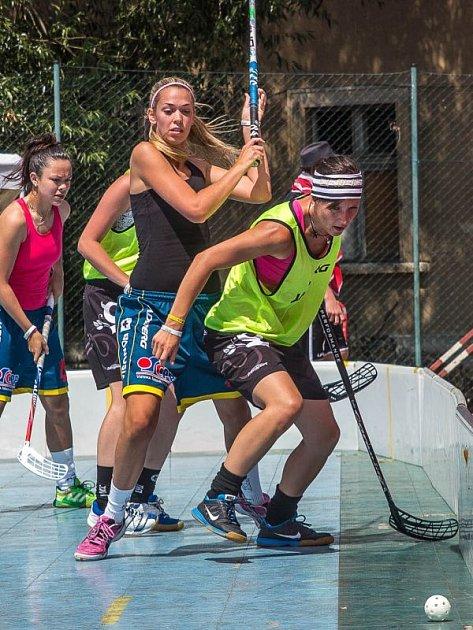 Součástí florbalového Open Air Cupu v Hlučíně bude také turnaj ženské kategorie.