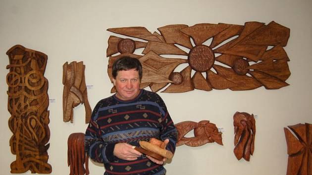 Břetislav Tvarůžek má svou Galerii dřevěné plastiky už patnáct let.