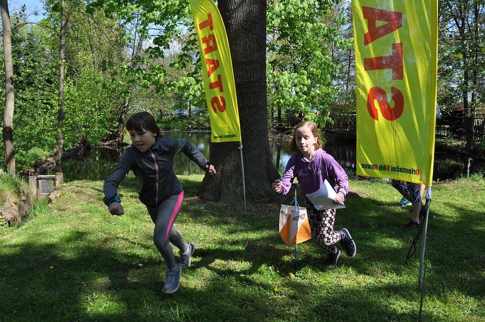 O svátku závodili v orientačním běhu.
