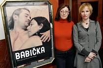 Dokument Babička. Na snímku zprava Zuzana Piussi a Tamara Archlebová.