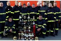 Sbor dobrovolných hasičů z Holasovic-Loděnice se dočká nového pomocníka v podobě zásahového vozidla.