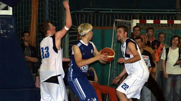 Opavští basketbalisté jsou ještě pořád v plném tréninku. Čekají je tři přípravná střetnutí.