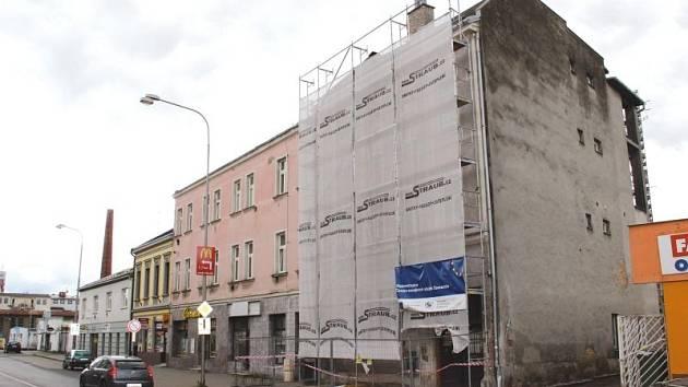 Budova centra Samaritán v Nákladní ulici prochází mnohamilionovou rekonstrukcí.
