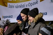 Akce Deníku Česko zpívá koledy na Dolním náměstí v Opavě v roce 2018.