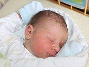 Mikuláš Zapletal se narodil 15. prosince, vážil 4,20 kilogramů a měřil 55 centimetrů. Rodiče Nikol a Lukáš z Kobeřic svému prvorozenému synovi přejí, aby byl v životě zdravý, šťastný a ve všem se mu dařilo.