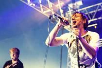 KOFE-IN během svého vystoupení na jednom z největších českých festivalů Rock for People.