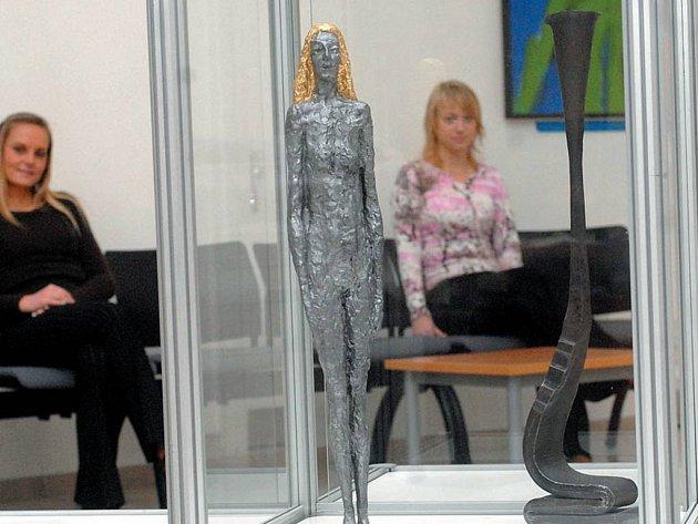 Sochy Olbrama Zoubka budou k vidění od čtvrtka v Městské galerii Hradec nad Moravicí. Výstava představí průřez autorovou tvorbou.