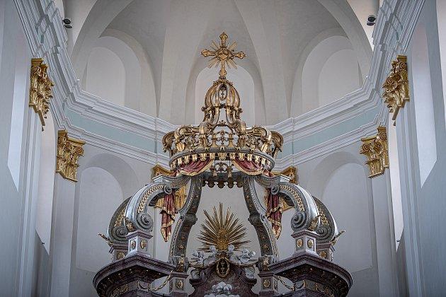 Konkatedrála Nanebevzetí Panny Marie vOpavě po opravách, které si vyžádaly téměř 77milionů korun, 20.dubna 2021.