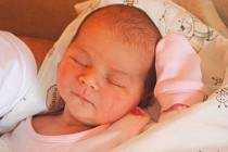 """Hana Šigutová se narodila 5. srpna, vážila 4,48 kg a měřila 52 cm. """"Štěstí a zdraví,"""" přejí svému prvnímu děťátku rodiče Tomáš s Hanou z Hlavnice."""