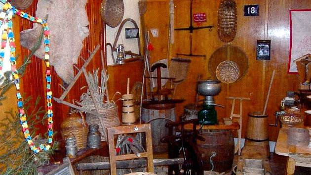 Výstava slezské vesnice. Přiblíží je výstava, která dnes 27. dubna bude otevřena v Kulturním domě ve Stěbořicích.