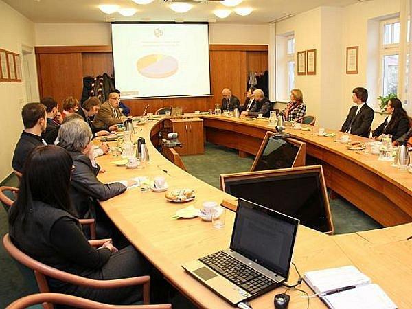 Momentka z jednání zástupců města a Slezské univerzity v Opavě.